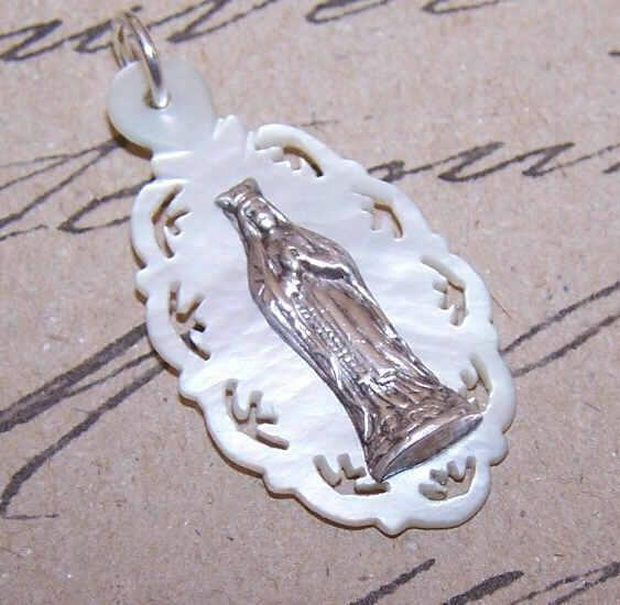 French ANTIQUE VICTORIAN Religious Medal/Pendant - Mother of Pearl & Silver with Virgin Mary!