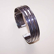 Vintage STERLING SILVER Cuff Bracelet with Twisted Wire Decoration!
