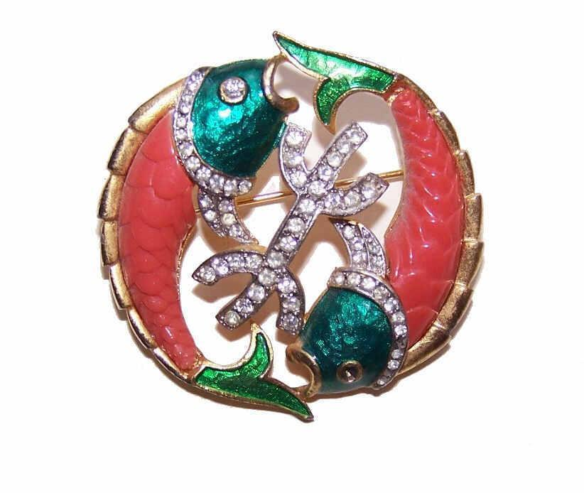 DeNicola Gold Tone Metal, Enamel & Rhinestone Pin - Zodiac Pisces/Two Fish!