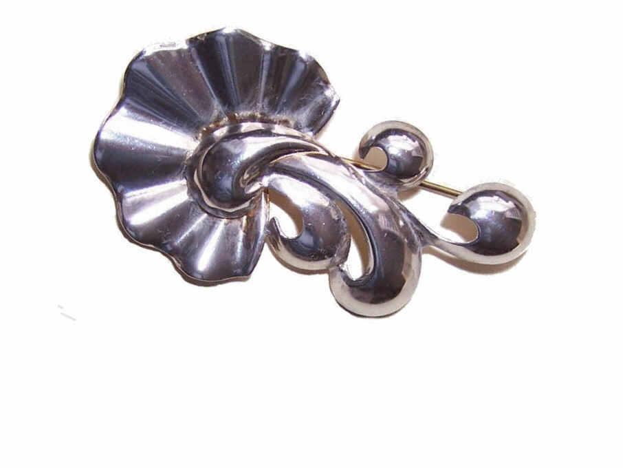 Retro Modern STERLING SILVER Pin/Brooch by Monet - Stylized Floral!