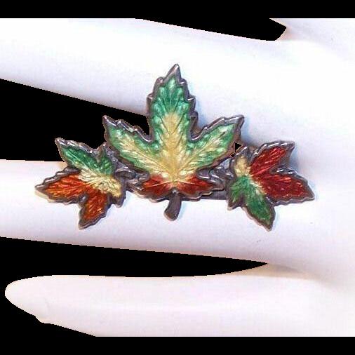 "Vintage STERLING SILVER & Enamel ""Triple Maple Leaf"" Pin/Brooch!"
