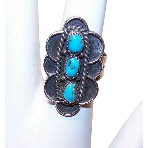 Vintage STERLING SILVER & Turquoise Cab Ring!
