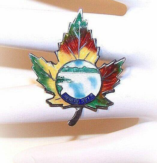 1930s STERLING SILVER & Enamel Maple Leaf Pin for Niagara Falls!