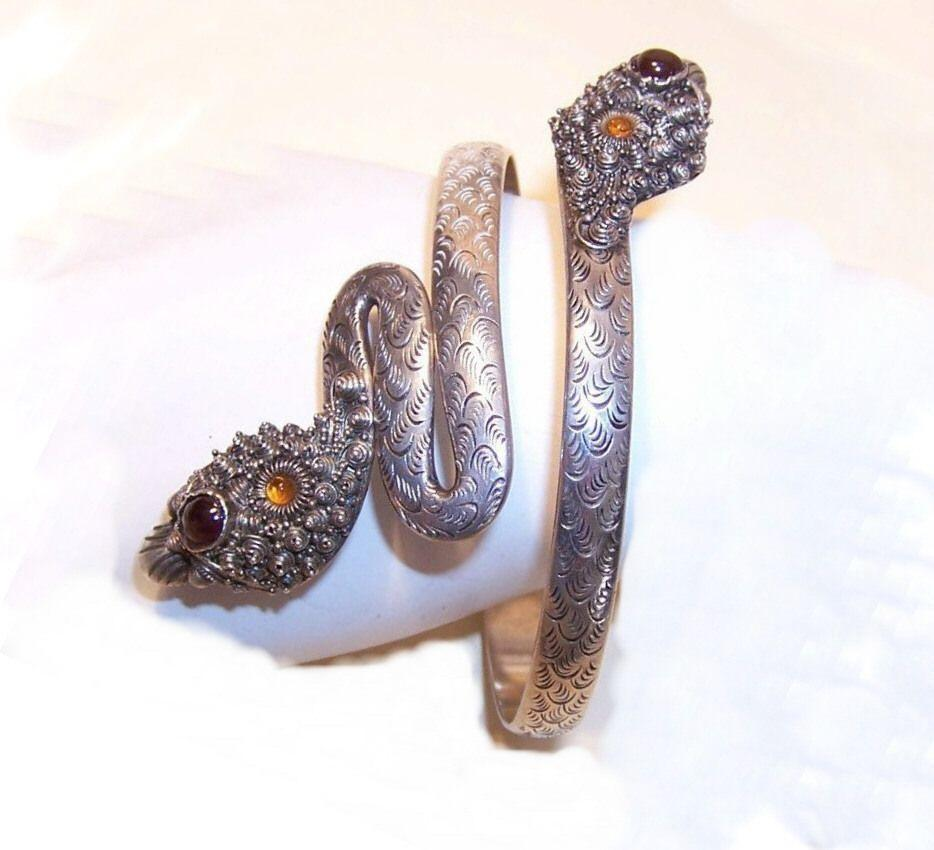 Fabulous 800/900 SILVER & Gemstone Snake Arm Band/Arm Bracelet!