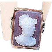 ANTIQUE VICTORIAN 10K Gold & Hardstone (Sardonyx) Cameo Ring!