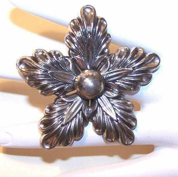1950s DANECRAFT Sterling Silver Snowflake/Star Pin/Brooch!