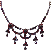 Antique 9K Rose Gold & VICTORIAN BOHEMIAN Garnet Festoon Necklace!