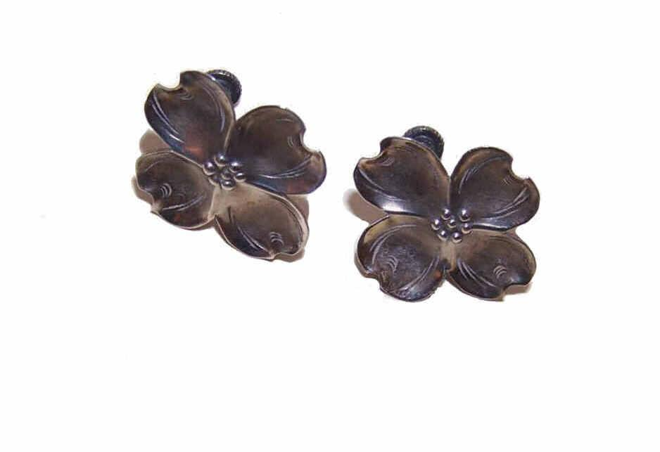 Vintage STUART NYE Sterling Silver Dogwood Earrings!