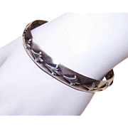 Vintage STERLING SILVER Bangle Bracelet with Wonderful Design!