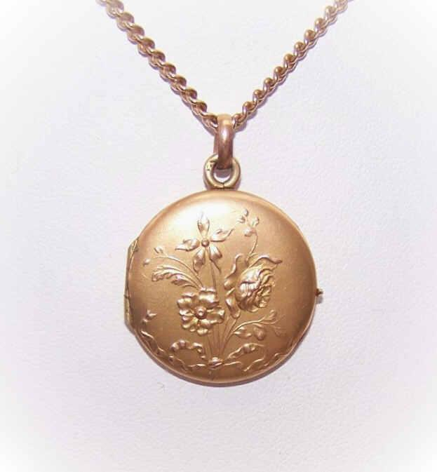 Art Nouveau FRENCH Gold Filled Locket with Floral Top!