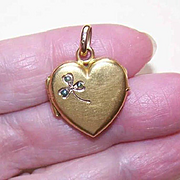Art Nouveau FRENCH FIX Gold Filled Heart Locket with Shamrock!