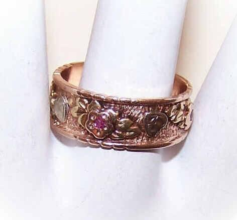 Retro 14K Tri-Gold & Ruby WEDDING BAND/Cigar Band Ring - Hearts & Flowers!