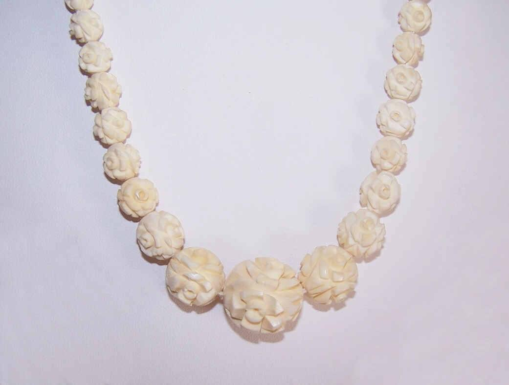 Vintage HAND CARVED Bone Bead Necklace of Florals!