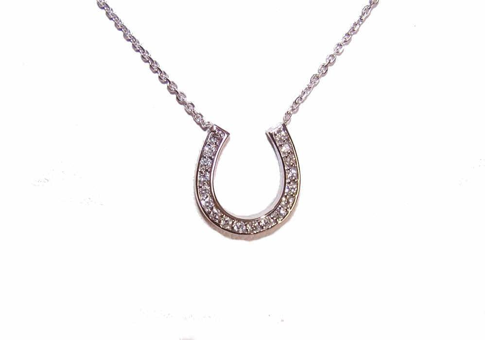 Vintage 14K Gold & .27CT TW Diamond Horseshoe Necklace!