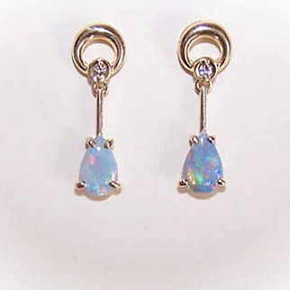 ESTATE 14K Gold, Diamond & Opal Drop Earrings!