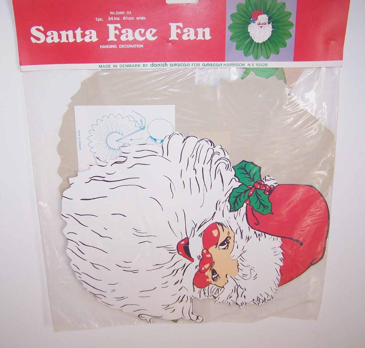 C.1981 Santa Face Honeycomb Fan By Danish Amscan - Mint in Package!