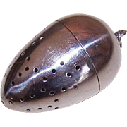 Vintage STERLING SILVER Tea Strainer by Mauser Manufacturing Co - Design 6747 - Pierced Egg Shape!