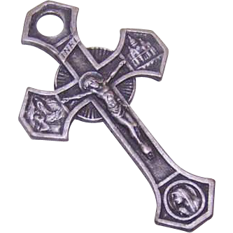 Vintage RELIGIOUS Silverplate Crucifix, Rosary Crucifix or Cross Pendant!