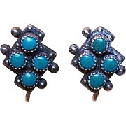 VINTAGE Native American STERLING SILVER & Recon Turquoise Screwback Earrings!