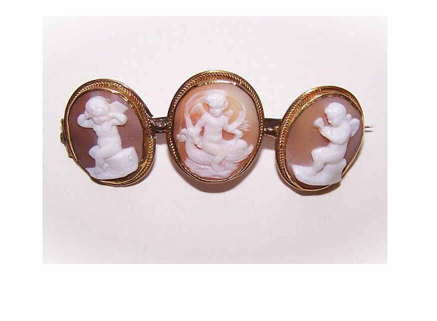 ANTIQUE VICTORIAN 10K Gold & Cornelian Shell Cameo Pin - 3 Panels of Putti/Angels/Cherubs!