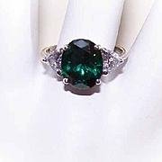 Vintage STERLING SILVER & Rhinestone Fashion Ring - White & Emerald Green Rhinestones!