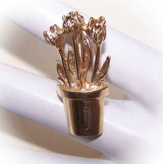 PETER BRAMS 14K Gold Pin - Flower Pot Filled with Flowers!