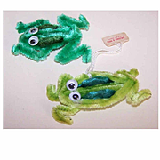 Pair of VINTAGE Green Chenille Collectible Toys - Frogs!