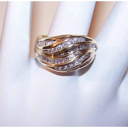 Vintage 14K Gold & 1CT TW Channel Set Diamond Ring!
