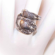 Vintage STERLING SILVER Spoon Ring by Alvin - Prince Eugene Pattern (1950)!