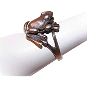 Vintage Articulated STERLING SILVER Ring - Frog with Back Legs that Move!