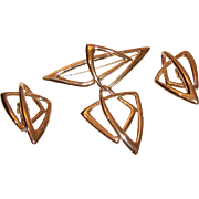 TRIFARI Kunio Matsumoto Angular Gold Tone Metal Pin/Earrings Set!