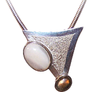 Modernistic STERLING SILVER, Mother of Pearl & Agate Pendant/Pin Combo!