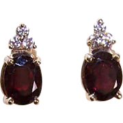 Vintage 14K Gold, 2CT TW Garnet & Cubic Zirconia Pierced Earrings (Studs)!