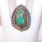 Vintage NATIVE AMERICAN Sterling Silver & Easter Blue Turquoise Ring!
