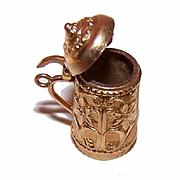 Vintage 14K Gold Charm - Beer Stein/Tankard with Floral Design!