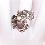 Vintage STERLING SILVER Wraparound Ring by Avon - Heart Front!