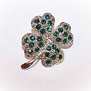 Vintage St. Patrick's Day Silver Tone Metal & Green Rhinestone Four Leaf Clover Pin!