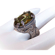 Vintage STERLING SILVER & Olive Green Glass Paste Ring!