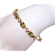 Vintage 14K Gold, 3CT TW Peridot & Cultured Pearl Hinged Bangle Bracelet!