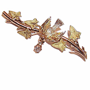 ANTIQUE EDWARDIAN 14K Gold & .15CT TW Diamond Pin/Brooch - Bird on a Branch!
