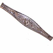 Lovely ART DECO 18K Gold & .15CT Diamond Filigree Pin!