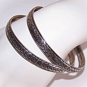 Pair of VINTAGE Sterling Silver Bangle Bracelets - Round with Laurel Leaf Design!