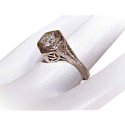 ART DECO 14K Gold & .28CT Diamond Engagement Ring - Size 4-3/4!