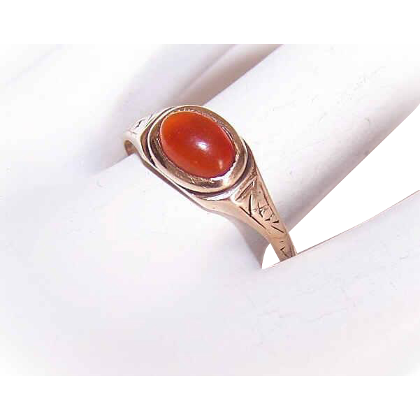 ANTIQUE EDWARDIAN 10K Gold & Carnelian Ring - Etched Design with Oval Cab!
