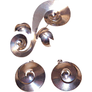 Retro Modern STERLING SILVER Jewelry Set - Large Swirl Pin with Matching Earrings