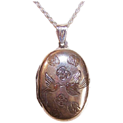 Vintage STERLING SILVER Locket - Engraved with Pair of Love Birds