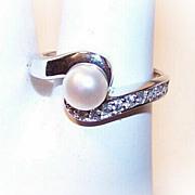 Vintage STERLING SILVER, 6mm Cultured Pearl & Rhinestone Ring!