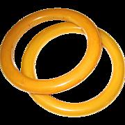 Pair of Marbled Cream Vintage Bakelite Bangles