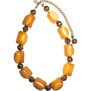Vintage Bakelite Necklace in Butterscotch