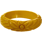 Cream Floral Carved Bakelite Bangle Bracelet